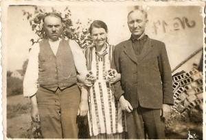 Wiktor Chołodecki, Bronisława Chołodecka ( z domu Mikłaszewska) i brat Bronisławy